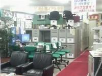 中古オフィス家具の販売も行っています。商品品揃え豊富なありがとう屋福岡博多店へぜひご来店下さいませ。
