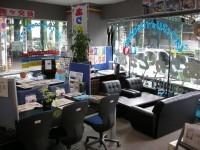 中古オフィス家具と言えばありがとう屋!本日も良質な商品を大量展示中です!ぜひ御来店ください!