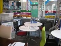 中古オフィス家具のありがとう屋。今日の店内の様子です。