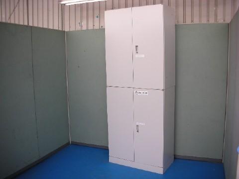 リサイクルオフィス家具上下連結キャビネット大量入荷です