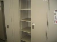 リサイクルオフィス家具 両開き書庫
